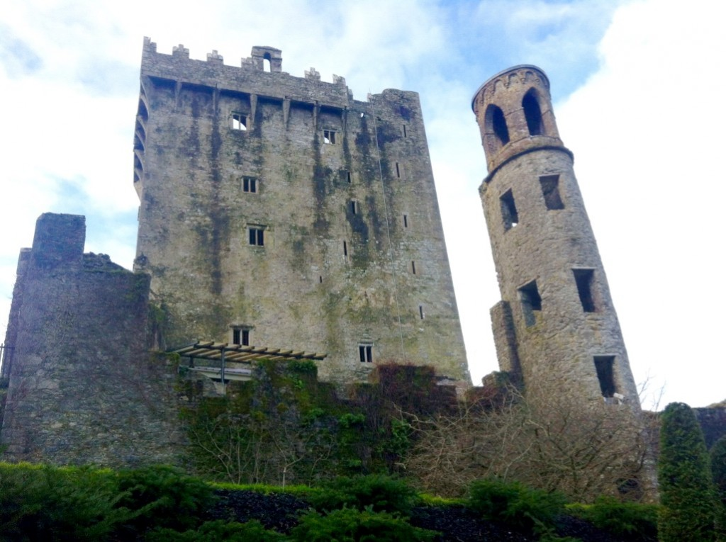 blarney castle kissing the blarney stone cork ireland