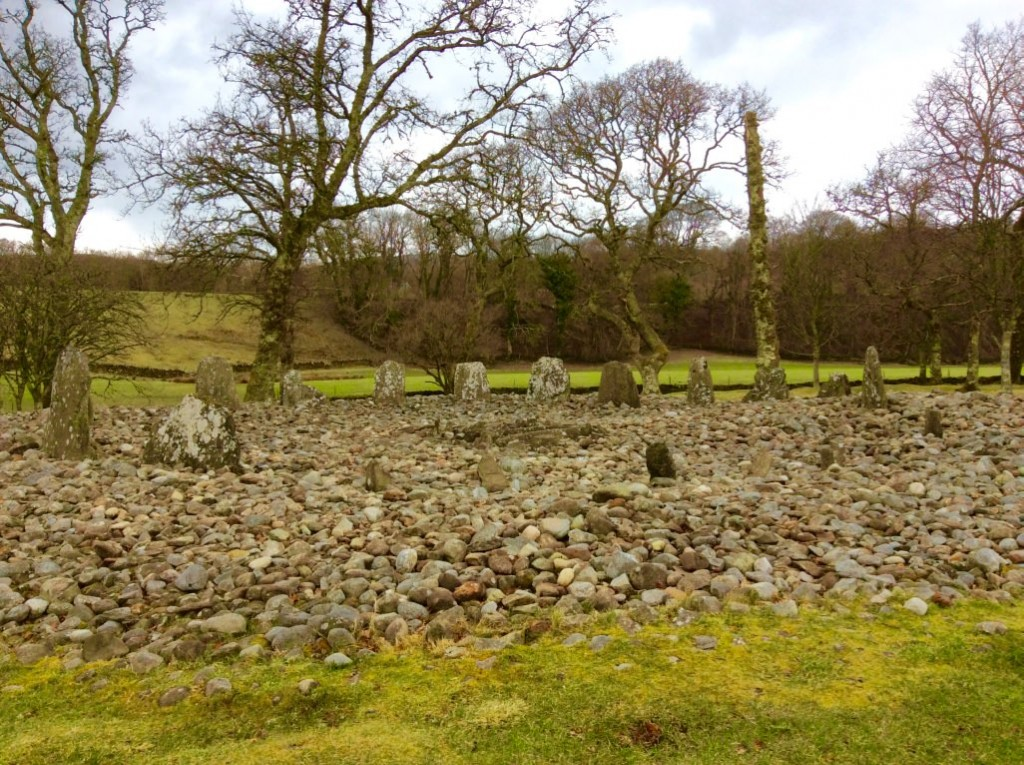 stone circle kilmartin scotland road trip