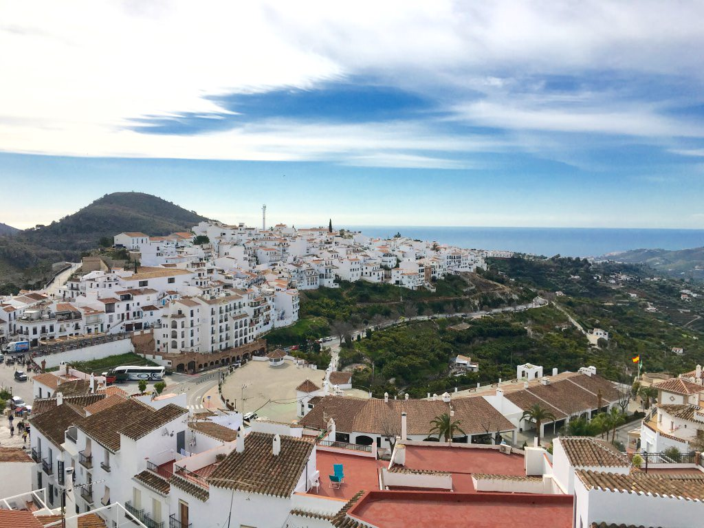 my visit to malaga I will try to show you the pros and cons of some of the most popular months, decide which is the best month to visit southern spain.