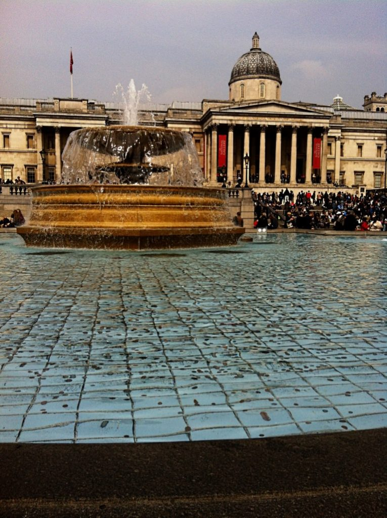 London in Four Days - Trafalgar Fountain