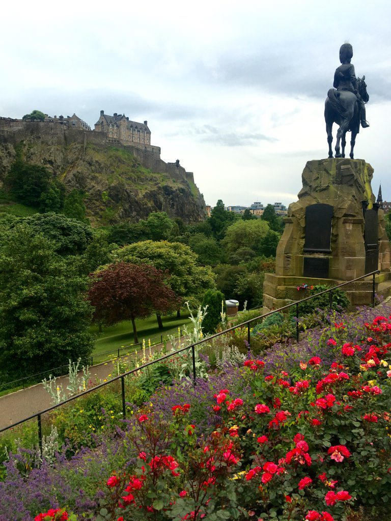 Ultimate Guide to Free Things to Do & Attractions in Edinburgh