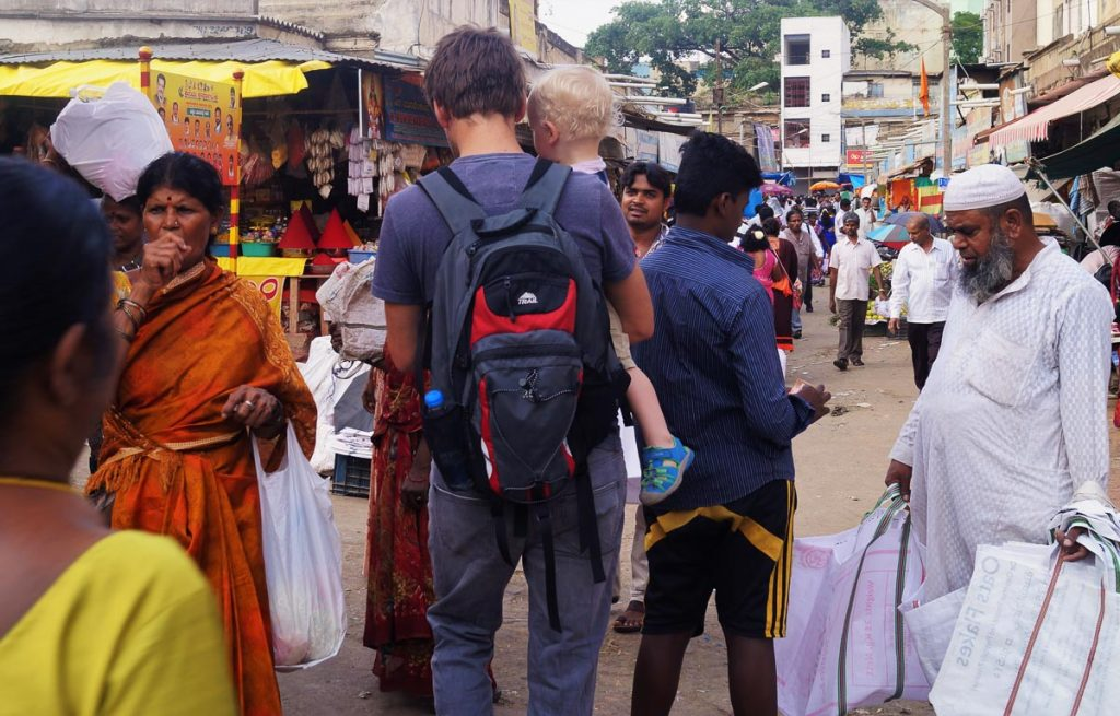 Expat in India with children