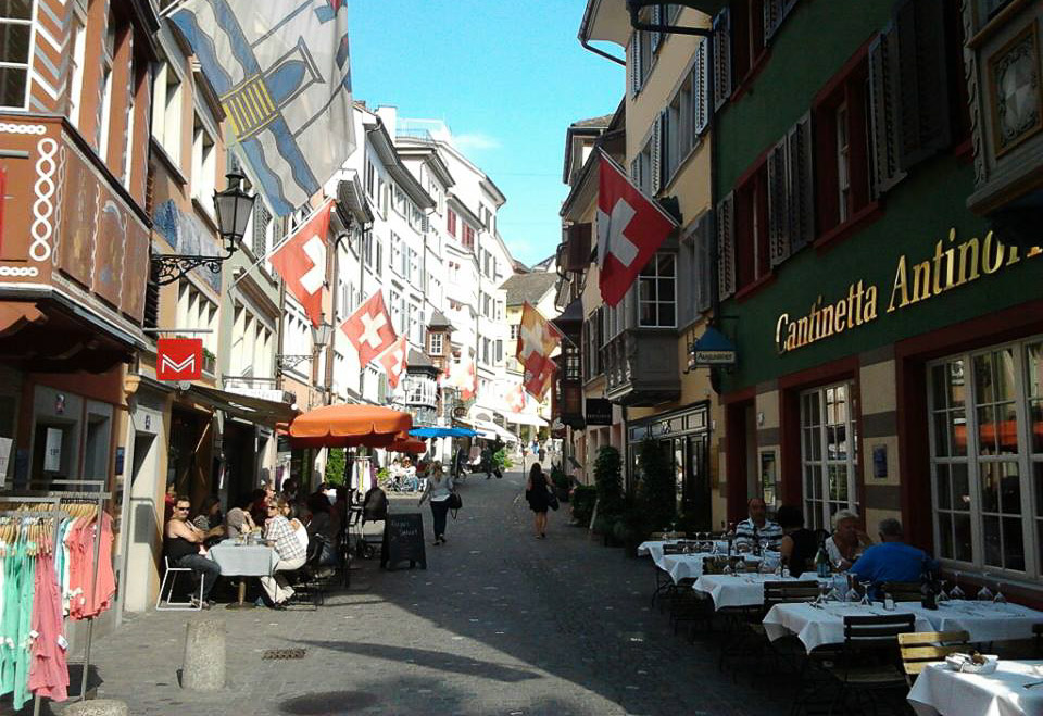 6 Places to Find English Speaking Jobs in Switzerland ...