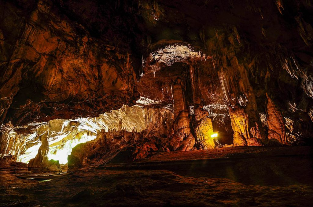 Lod Cave - Beautiful Places in Thailand