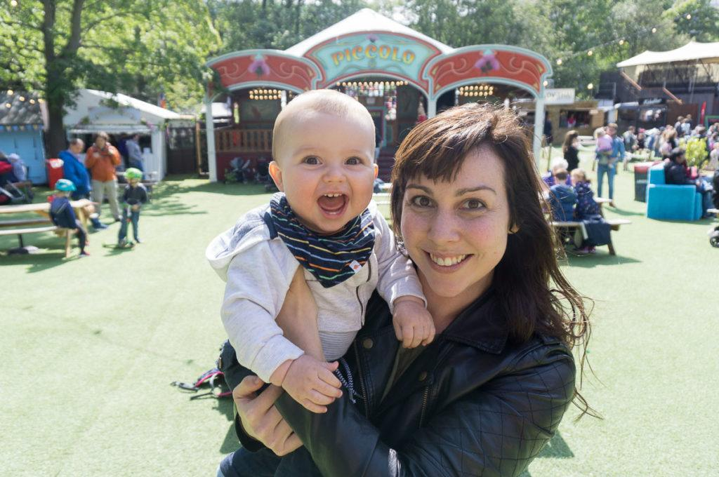Edinburgh Festivals August - Festivals for Families, Baby and Mum at Edinburgh Festival George Square