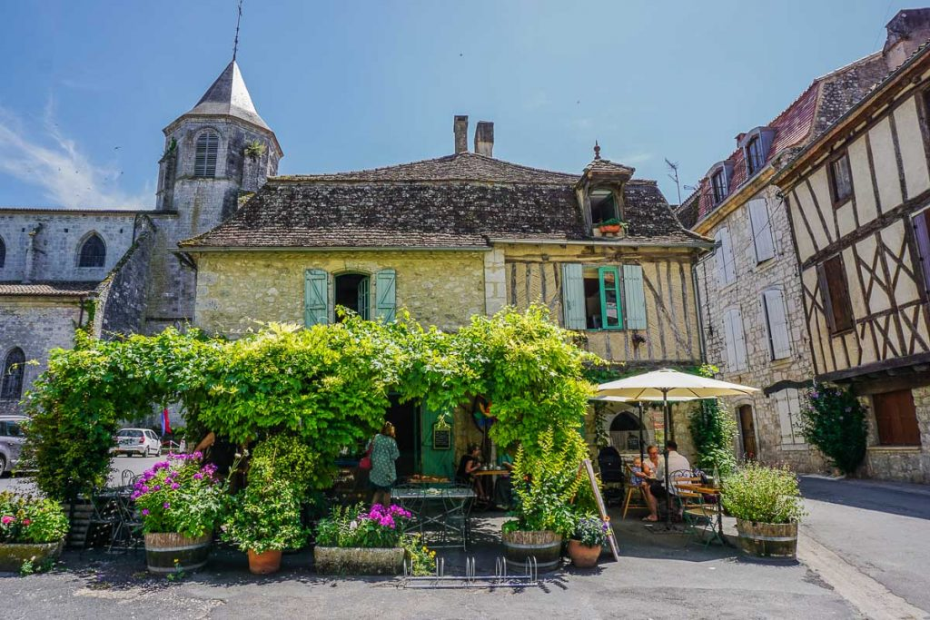 Tips for Driving in France and the Dordogne