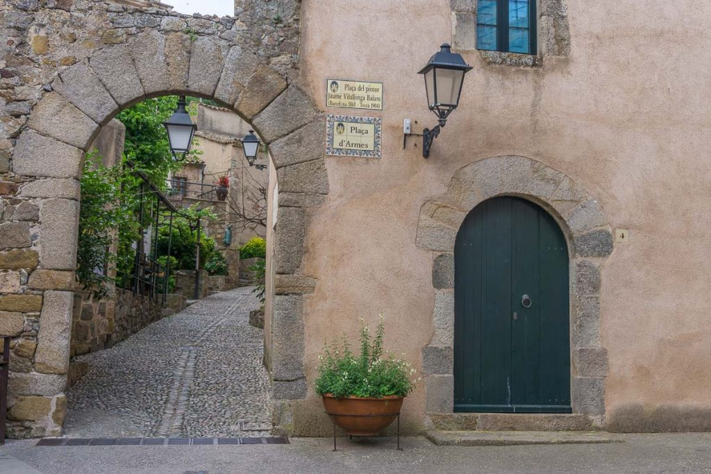 Medieval Towns in the Costa Brava