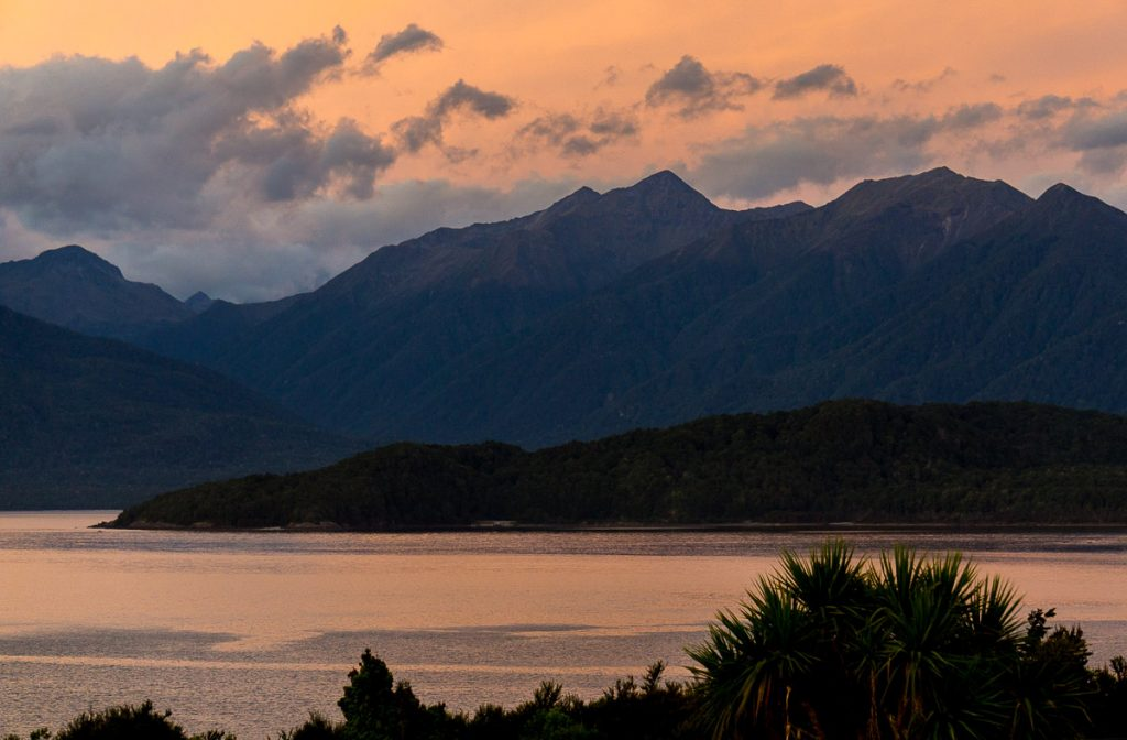 New Zealand South Island Itinerary - Manapouri