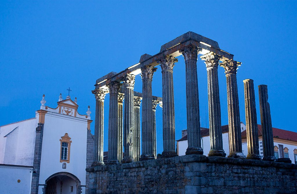 Day trips from Lisbon - Evora