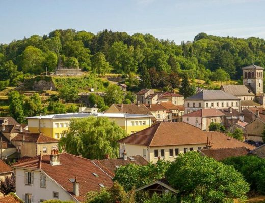Expat Interview: Housesitting in France