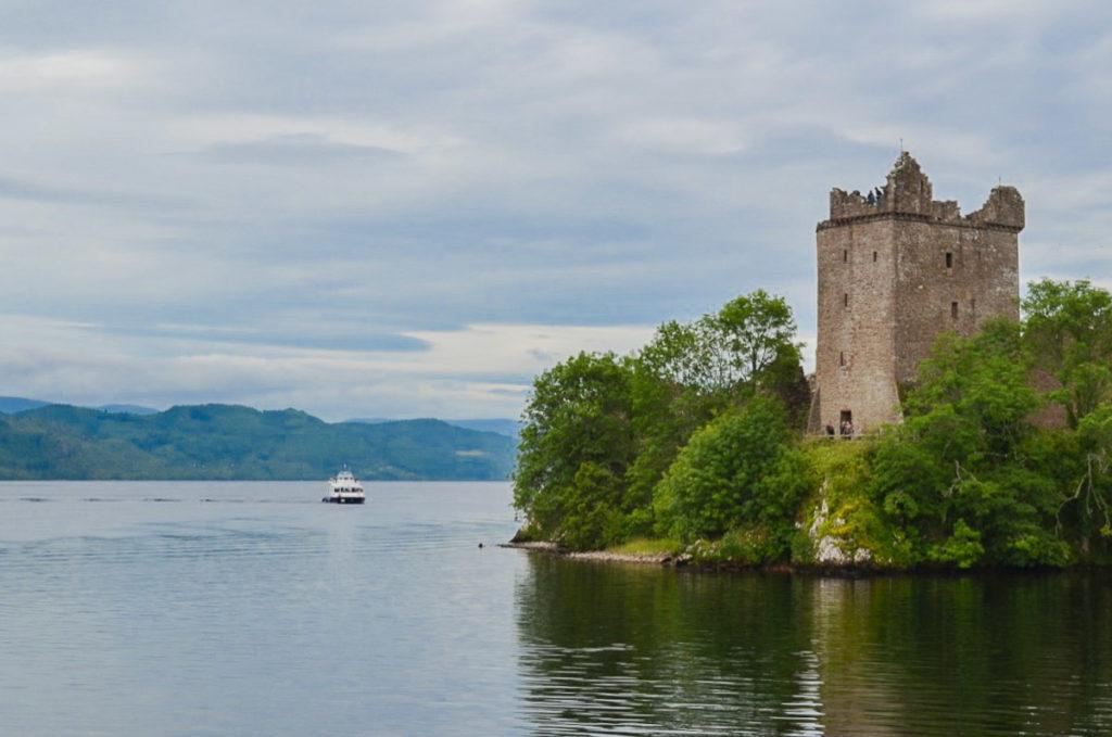 Things to do in Loch Ness - Urquhart Castle