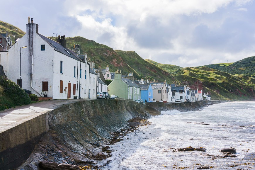 Babymoon in Scotland - Colourful houses on the sea wall
