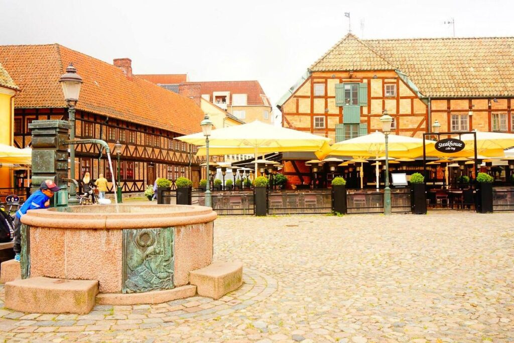 Malmo itinerary - Old Town Square