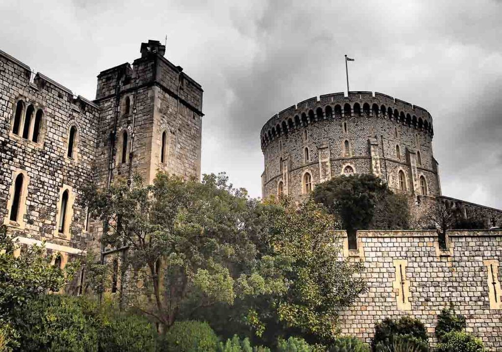 Castle at Windsor - Best Places to Visit in England