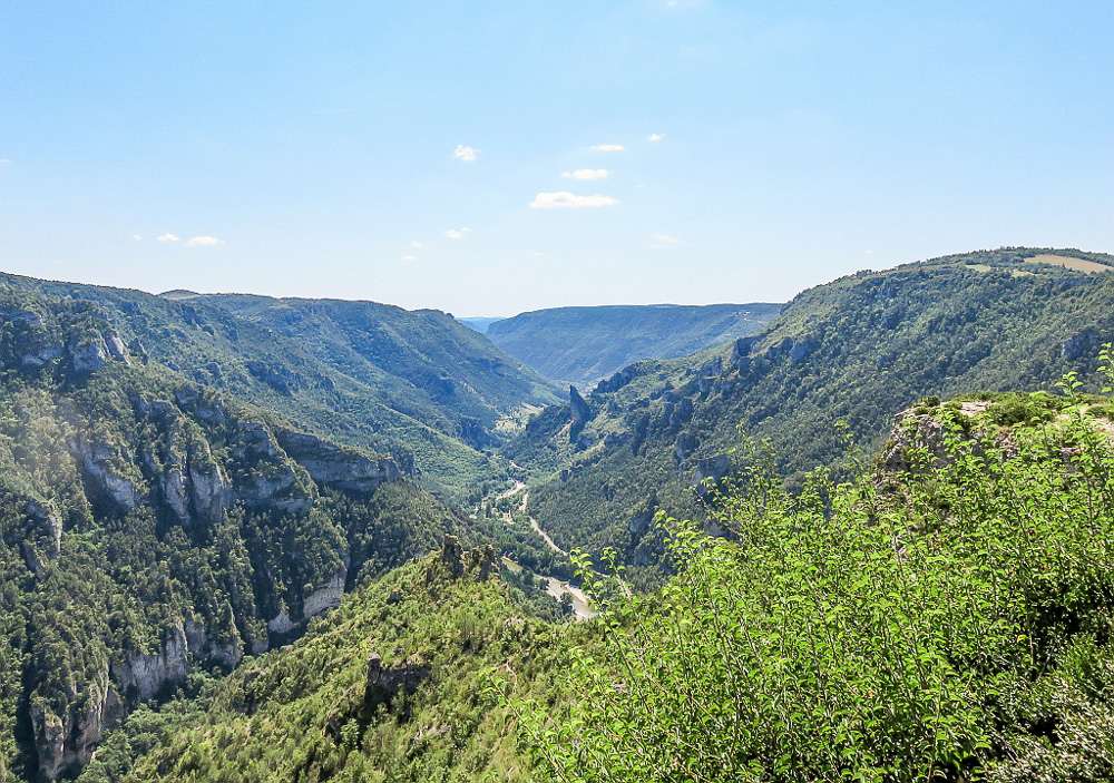 Road trips through France - Gorges du Tarn - Valley view