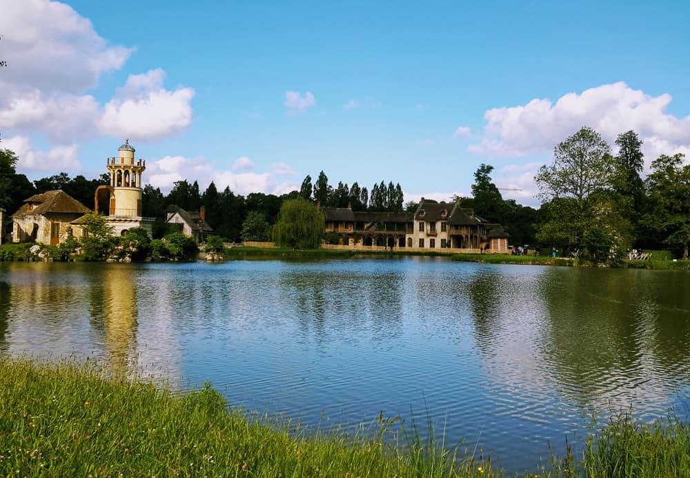Ile de France - Best road trips in France - lake view