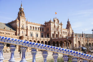 Seville in One day - Bridge and Plaza