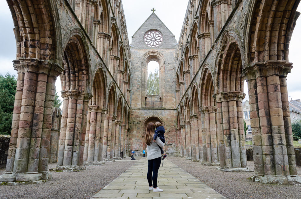 Jedburgh Abbey - Things to do in the Scottish Borders