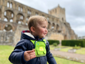 Jedburgh Abbey with kids